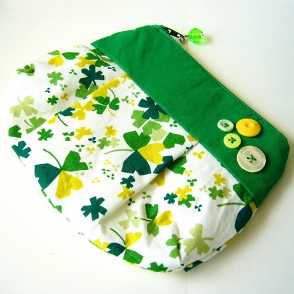 Clover Clutch by Berry Sprite