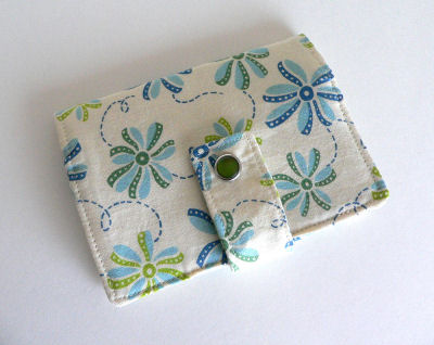 Everyday Wallet in Pinwheels